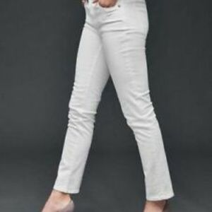 GAP Real Straight White Jeans- Size 29XL